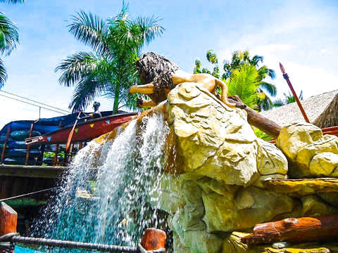 Hacienda Naples: Theme Park Tour