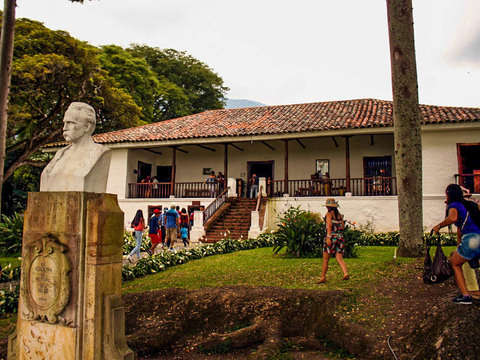 Colonial Haciendas: A Journey to the Valley's Traditions
