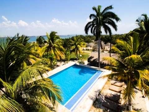 Pasadía en Fénix Beach desde Cartagena