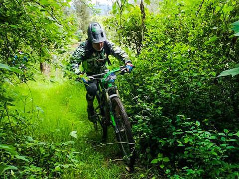 Bicicleta de Montaña Al Este de Bogotá