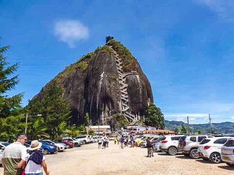 Excursión Privada a Guatapé Con Recorrido de Finca Cafetera