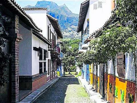 Tour Pasadia Santa Fe de Antioquia Sentidos y Gustos